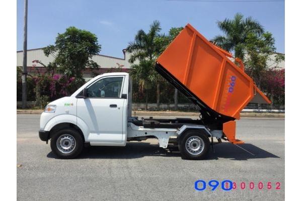 Xe ép rác mini Suzuzki Pro 750 kg thùng 1.5 khối vào ngõ hẽm thành phố