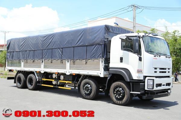 Xe tải Isuzu FV330 4 Chân 17.9 Tấn 350Hp