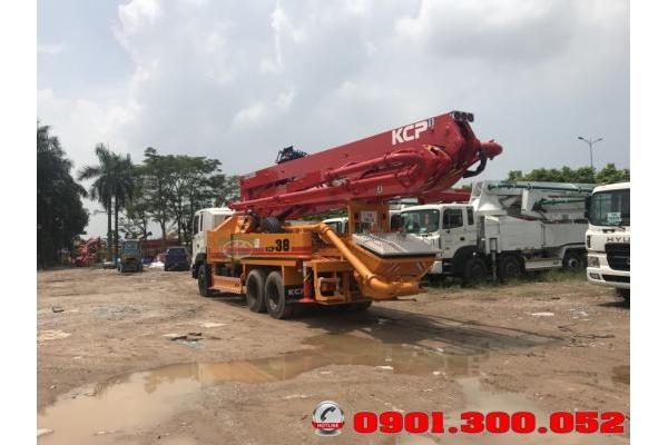 Xe bơm bê tông Hyundai HD260 cần KCP 38 mét