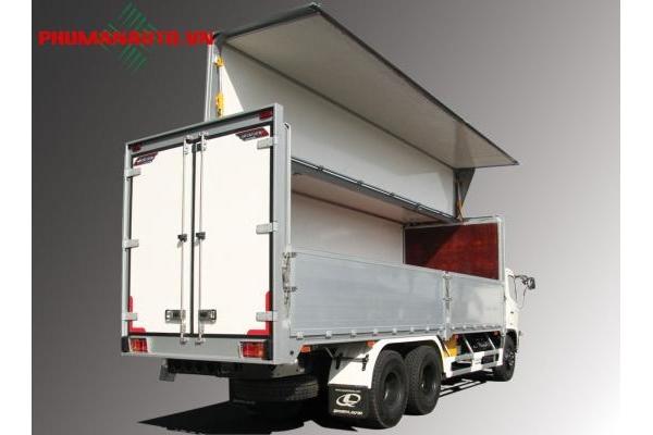 Xe tải Hino FG8JPSB 7.4 tấnthùng kín cánh dơi