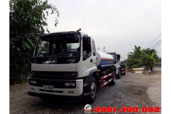 Xe tải Isuzu FTR160 tưới nước rửa đường 9 khối